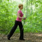 Тренировки по скандинавской ходьбе в парке Воробьевы горы